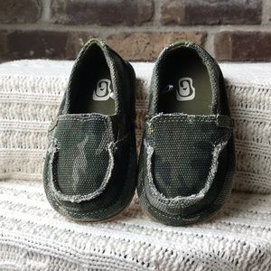 Cameo Canvas Shoes